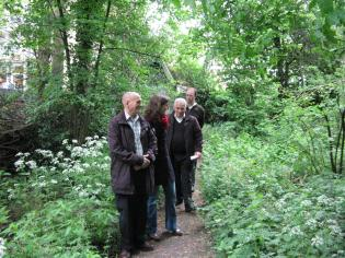 Leefup wandeling voor Stadsdeel West op 8 mei 2014 - Natuurtuin Slatuinenweg!
